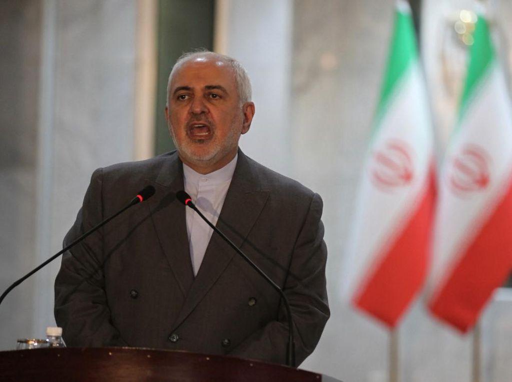Iran Tuduh Macron Jadi Pemicu Ekstremisme di Prancis