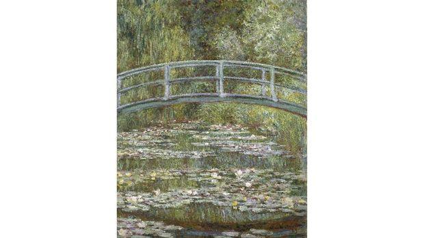 Lukisan Bridge over a Pond of Water Lillies karya Claude Monet