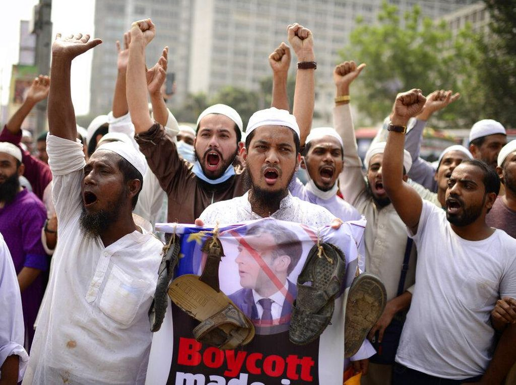 Umat Muslim di Pakistan hingga Palestina Demo Kecam Presiden Macron