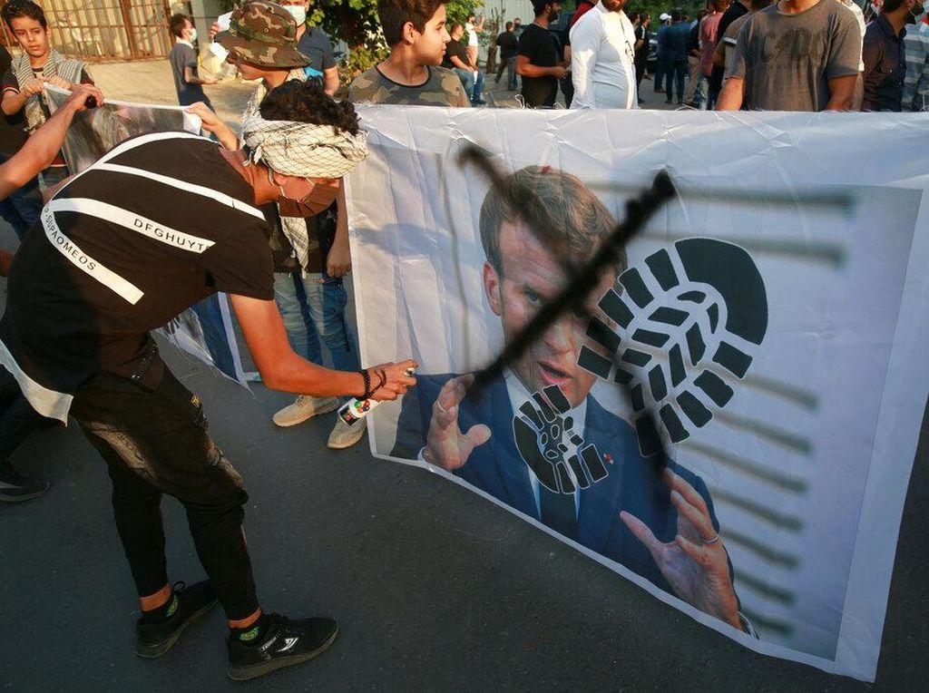 Prancis Menghina Nabi Muhammad, Ustaz Adi Hidayat: Ada Penyakit Macronisme