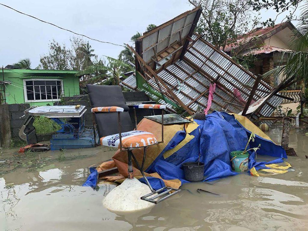 13 Orang Hilang Akibat Badai Molave di Filipina, Ribuan Mengungsi