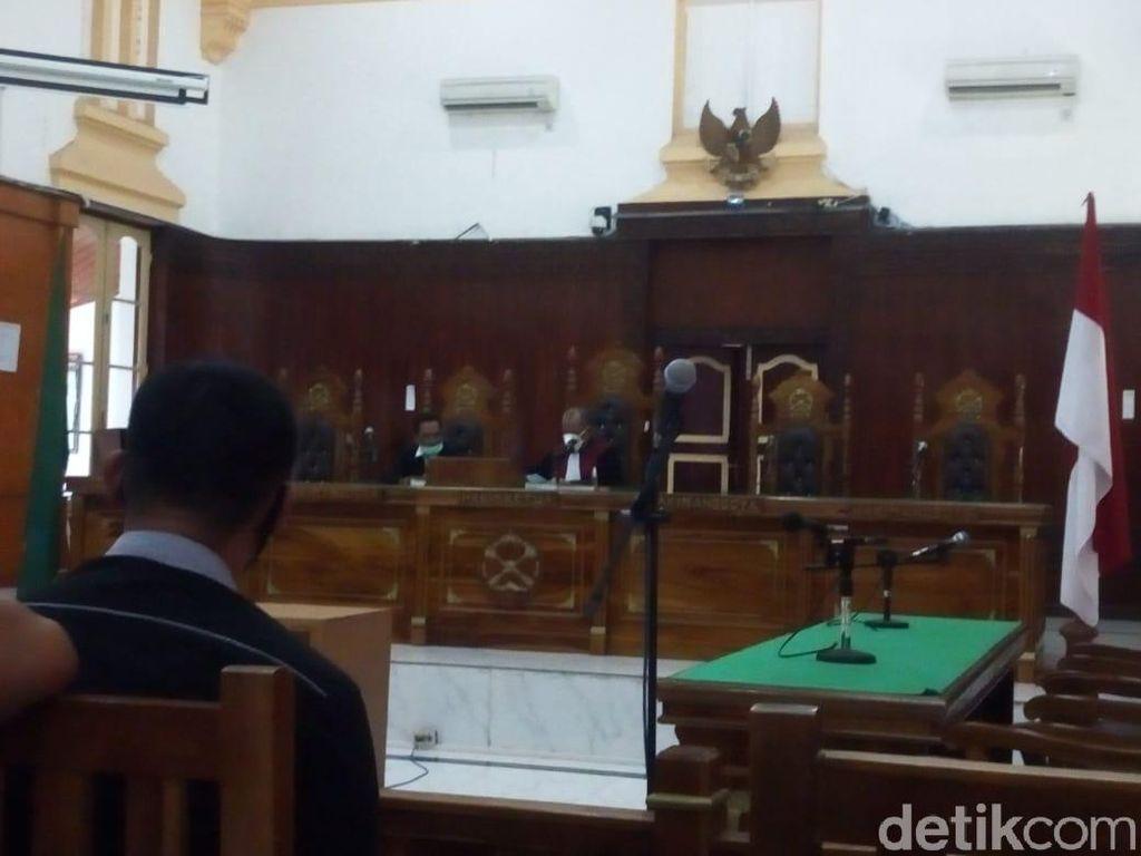 Polisi Absen, Sidang Praperadilan Ketua KAMI Medan Ditunda