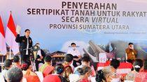 Bagi-bagi Sertifikat Tanah Lagi, Jokowi: Saya Pertama Dapat Umur 35