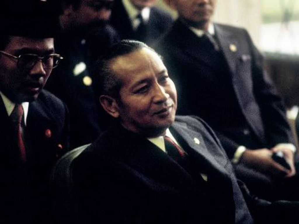Seabad Soeharto, Memori Kelam Krisis 1998 & Tumbangnya Orde Baru