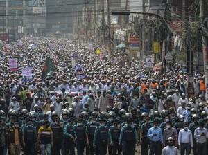 Puluhan Ribu Warga Bangladesh Turun ke Jalan Ikut Demo Anti-Prancis