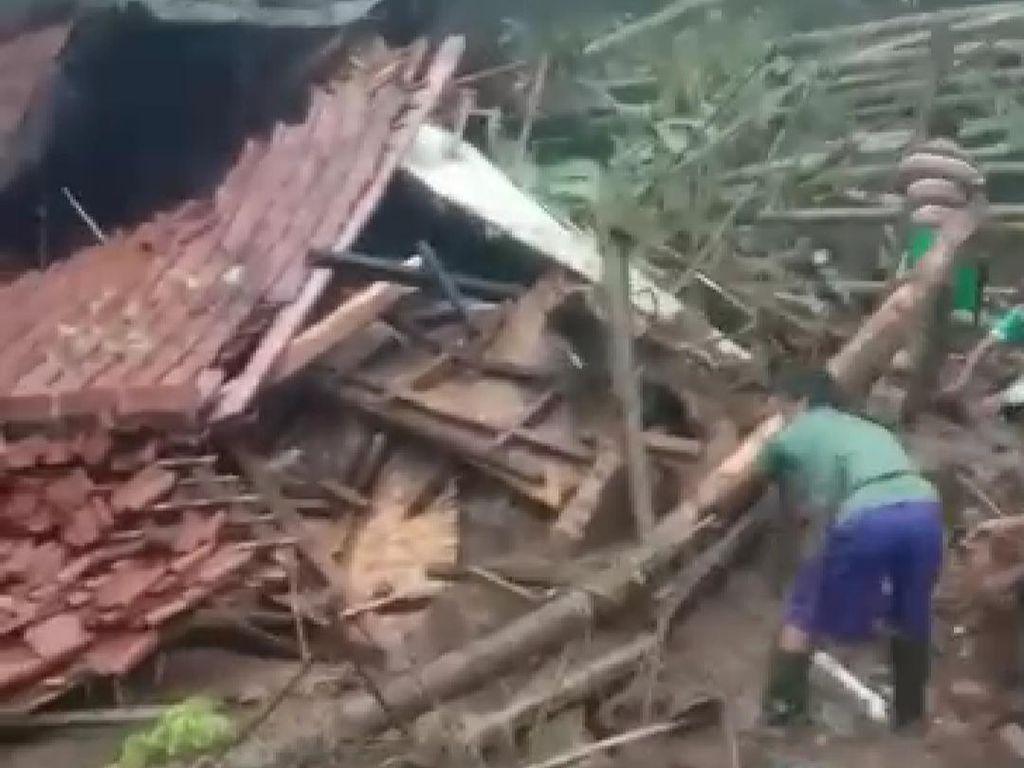 Selain Tewaskan Pasutri, Banjir Bandang Pangandaran Juga Rusak 13 Rumah