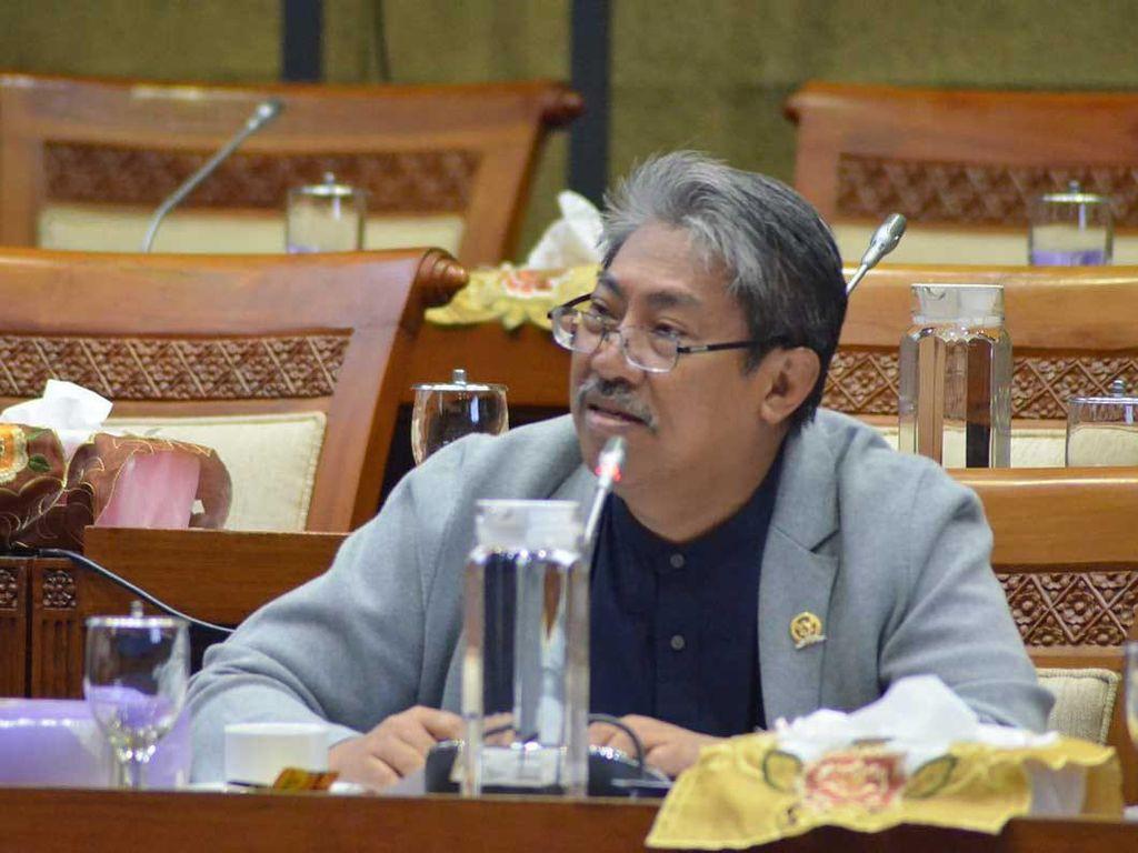 UU Cipta Kerja Salah Ketik, PKS: Akibat Kejar Tayang, Harap MK Batalkan