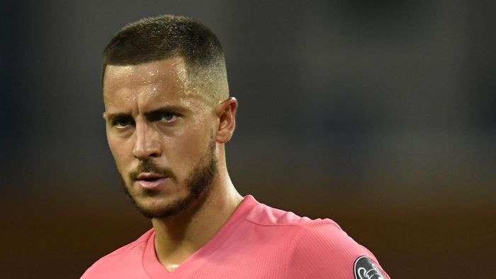 MANCHESTER, ENGLAND - AUGUST 07: Eden Hazard of Real Madrid looks on during the UEFA Champions League round of 16 second leg match between Manchester City and Real Madrid at Etihad Stadium on August 07, 2020 in Manchester, England. (Photo by Peter Powell/Pool via Getty Images)