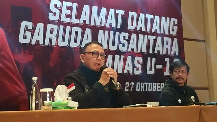 Ketum PSSI, Mochamad Iriawan, memberi keterangan pers setelah Timnas Indonesia U-19 kembali dari Kroasia.