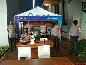 Ada Demo di Istana, Polisi Berjaga di Flyover Kuningan Cegah Kelompok Anarko