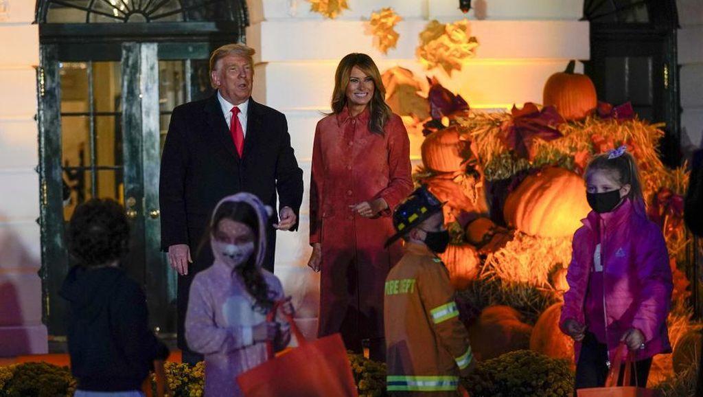 Potret Perayaan Halloween Donald Trump di Gedung Putih