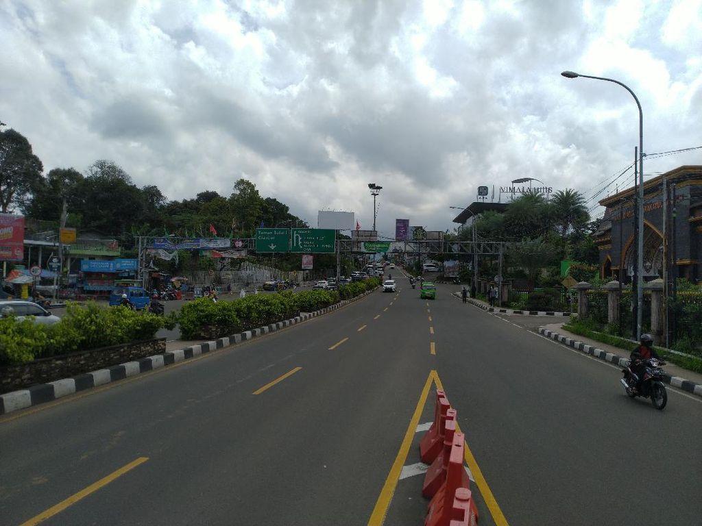 Polisi Kembali Berlakukan One Way di Puncak Bogor Pukul 12.30 WIB