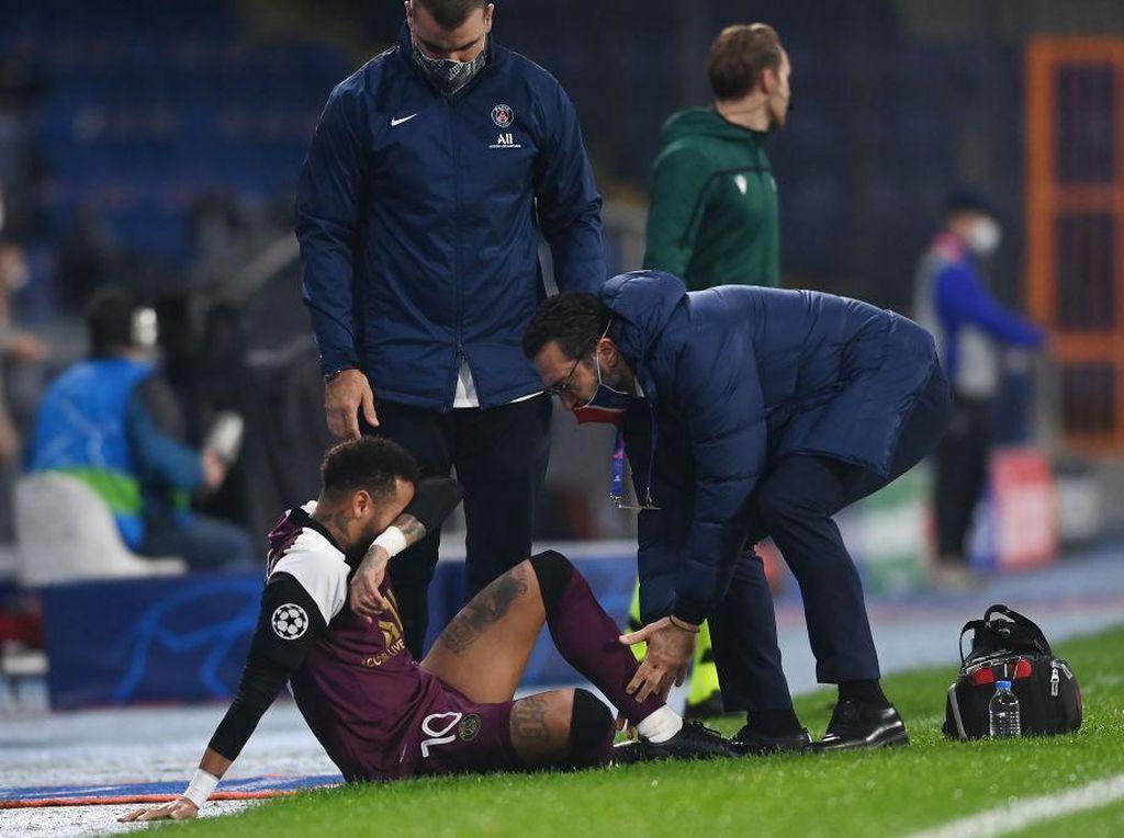 Cedera Neymar Tidak Serius Sih, tapi...
