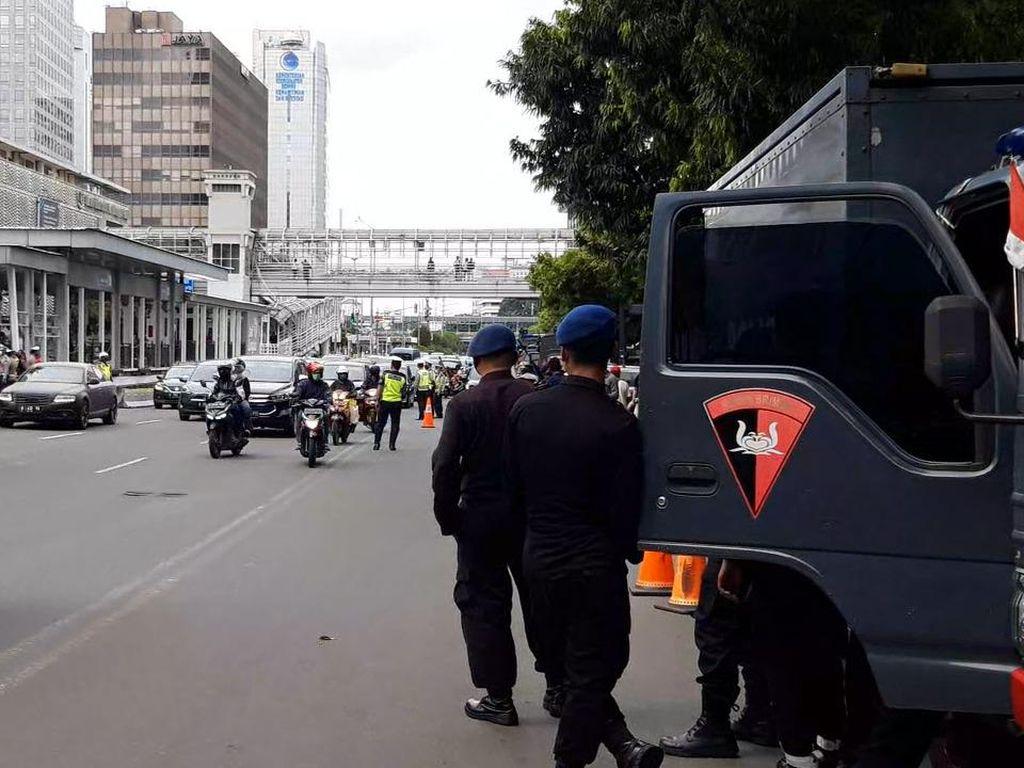Video Suasana Penjagaan Kedubes Prancis untuk Antisipasi Demo