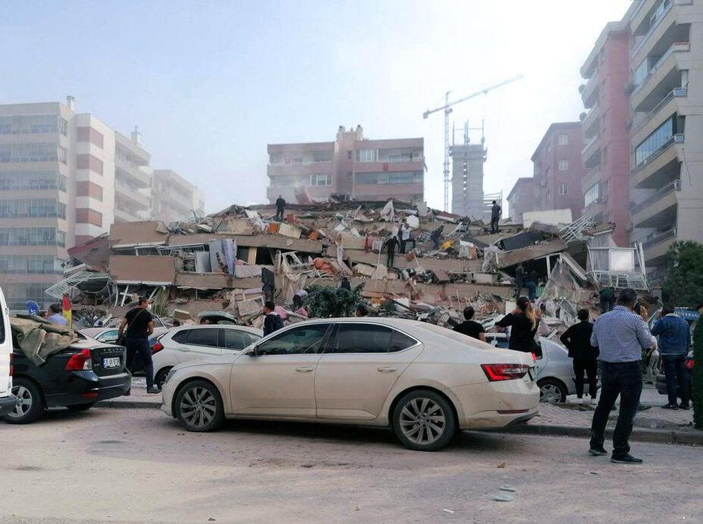 Analisa BMKG Soal Gempa M 7 di Turki yang Tewaskan 4 Orang