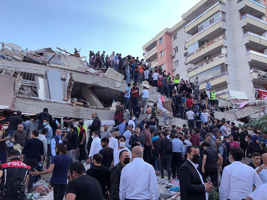 Video dari Udara Turki Luluh Lantak Diguncang Gempa M 7