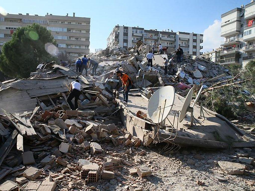Ini Titik Pusat Gempa M 7 yang Guncang Turki dan Yunani