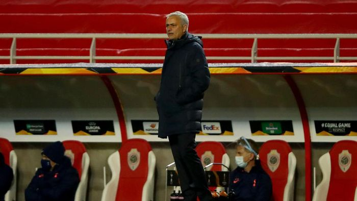 ANTWERPEN, BELGIUM - OCTOBER 29: Jose Mourinho, Manager of Tottenham Hotspur looks on during the UEFA Europa League Group J stage match between Royal Antwerp and Tottenham Hotspur at Bosuilstadion on October 29, 2020 in Antwerpen, Belgium. Sporting stadiums around Belgium remain under strict restrictions due to the Coronavirus Pandemic as Government social distancing laws prohibit fans inside venues resulting in games being played behind closed doors. (Photo by Dean Mouhtaropoulos/Getty Images)