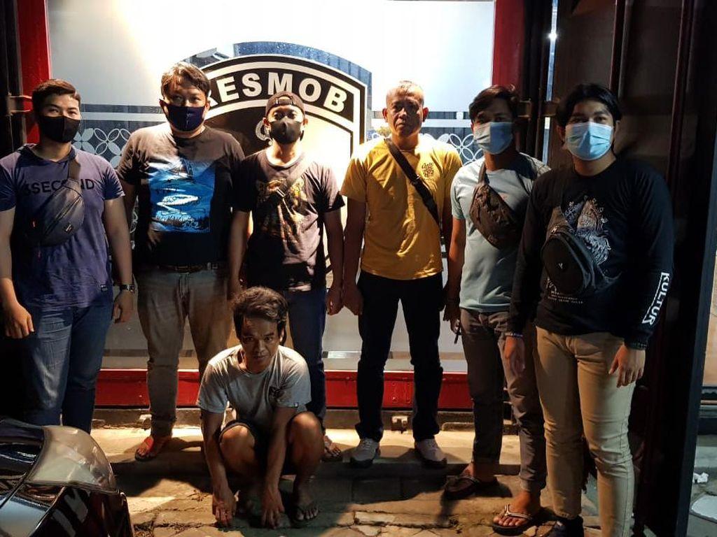 Buron Hampir 2 Tahun, Maling 15 Batang Emas-Liontin di Makassar Ditangkap