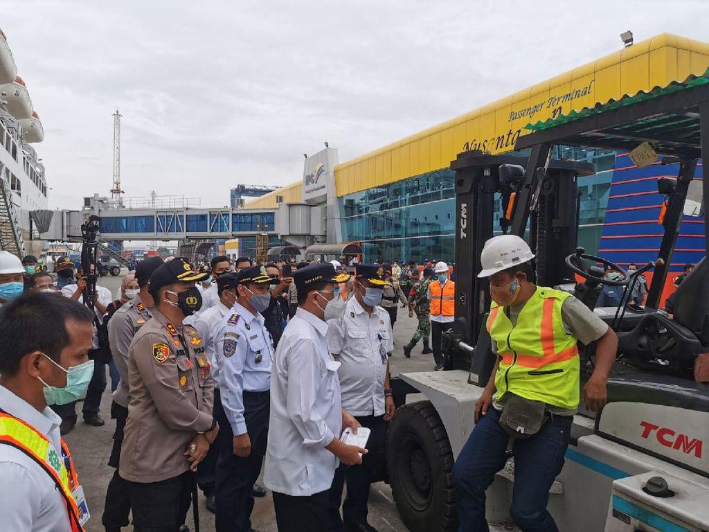 Menhub Apresiasi Penerapan Protokol Kesehatan di Pelabuhan Tanjung Priok
