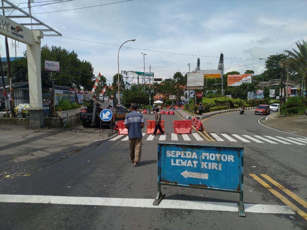 Polisi Terapkan One Way Arah Jakarta di Puncak Bogor Siang Ini