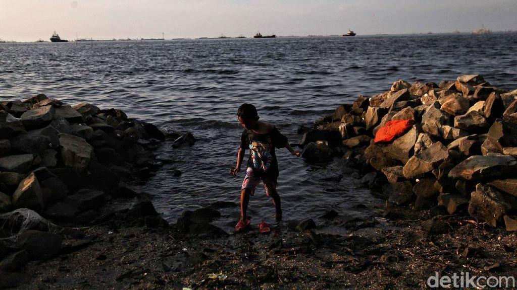 Pantai Marunda Jadi Primadona Wisata Alternatif di Pesisir Jakarta