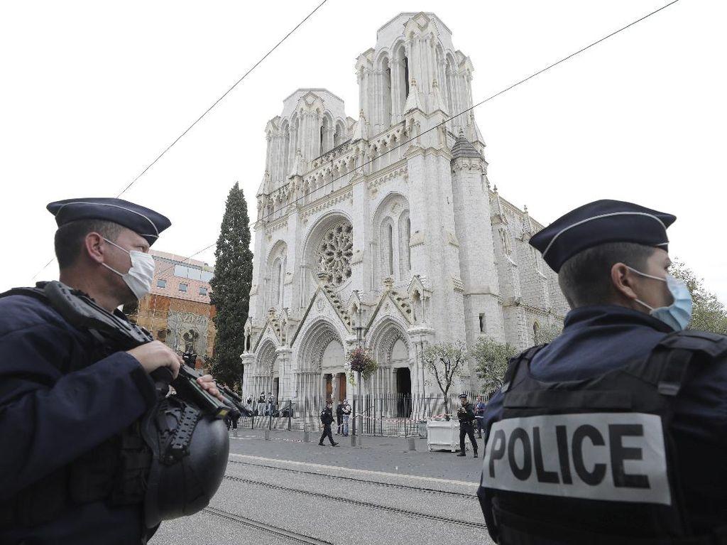 Pasca Penusukan di Nice, Pemerintah Prancis Turunkan Ribuan Aparat ke Jalan