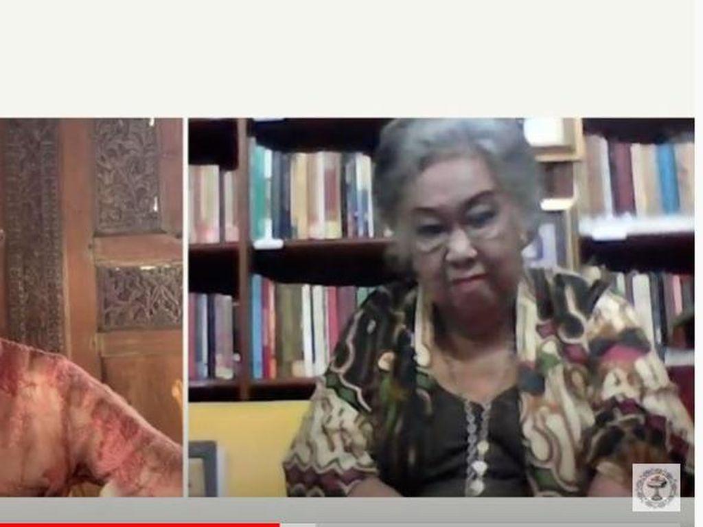 Sastrawan Toeti Heraty Raih Lifetime Achievement dari Festival KEMBALI20