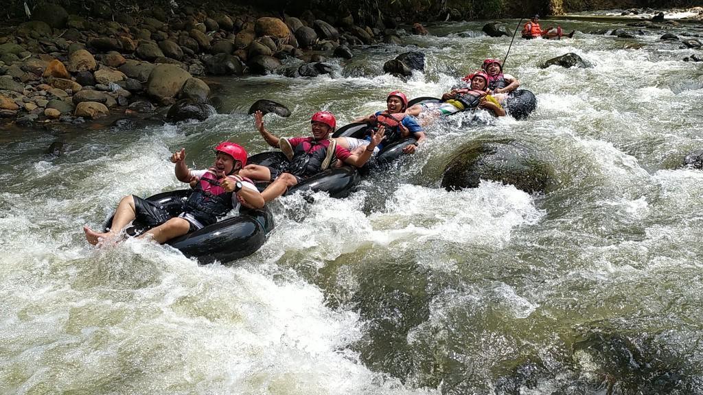 Yang Segar dan Menantang di Ciamis: Sedekan River Tubing