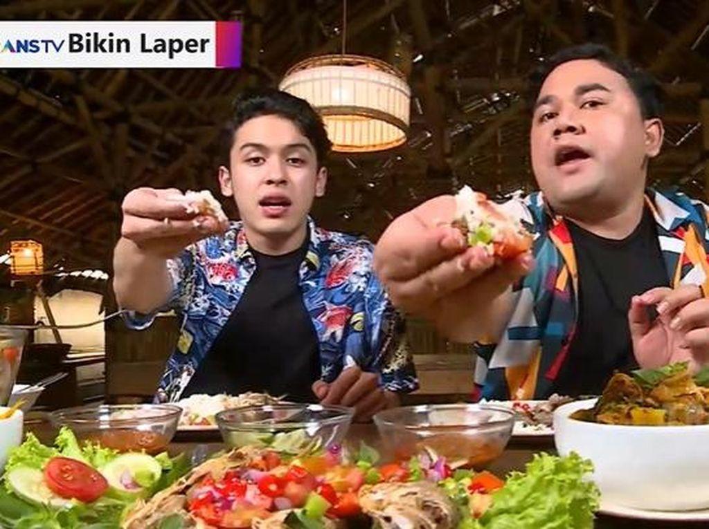 Bikin Laper! Pedas Segar Ikan Tude Dabu-dabu dan Ayam Tuturuga