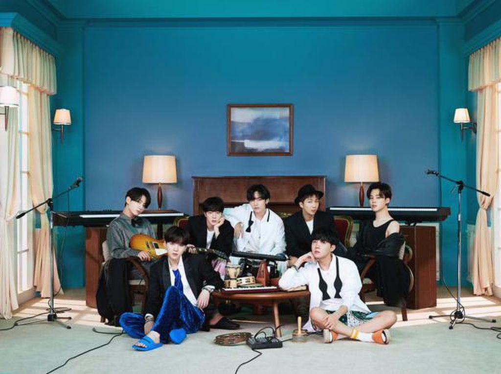 Daebak! BTS Raih 4 Piala di E! Peoples Choice Awards