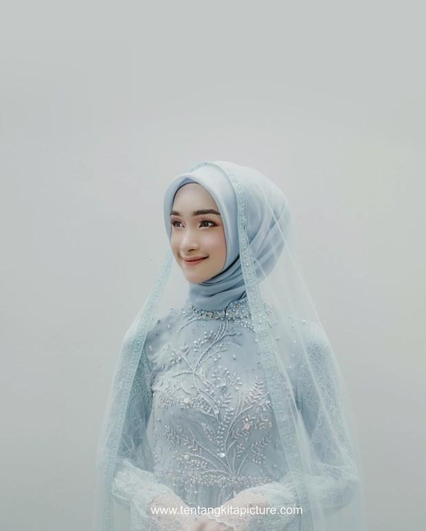 Bella Almira