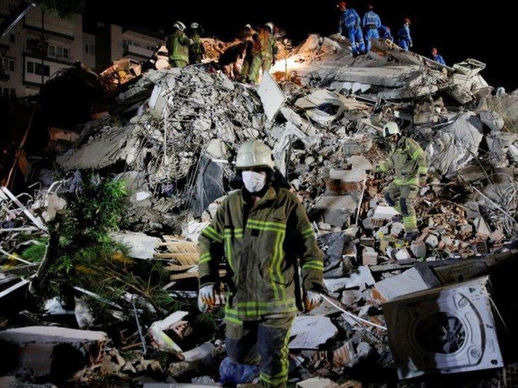 Gempa Turki dan Yunani, Proses Pencarian Korban Dilanjutkan