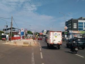 Senggol-senggolan 2 Pemobil di Jalanan Berujung Perdamaian