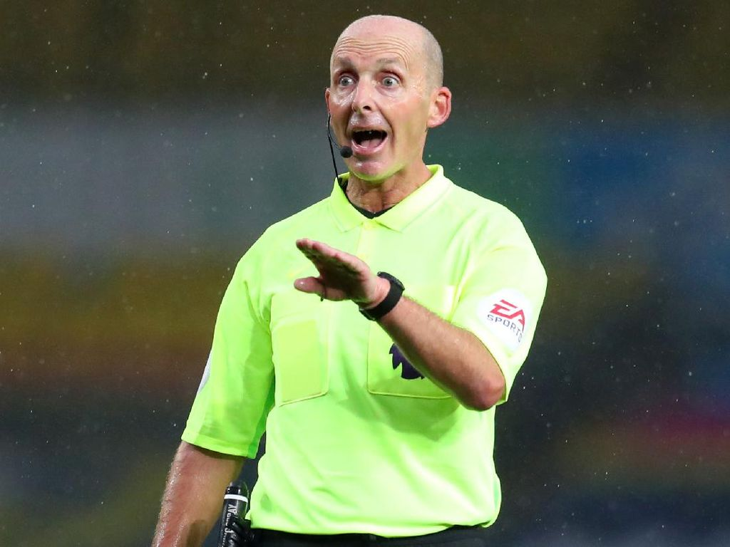 Mike Dean Wasiti MU Vs Arsenal, Suporter The Gunners Was-was