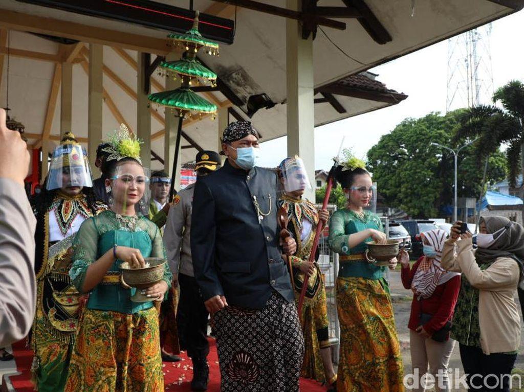 Begini Momen Jamasan Pusaka Kyai Pradah Saat Pandemi COVID-19