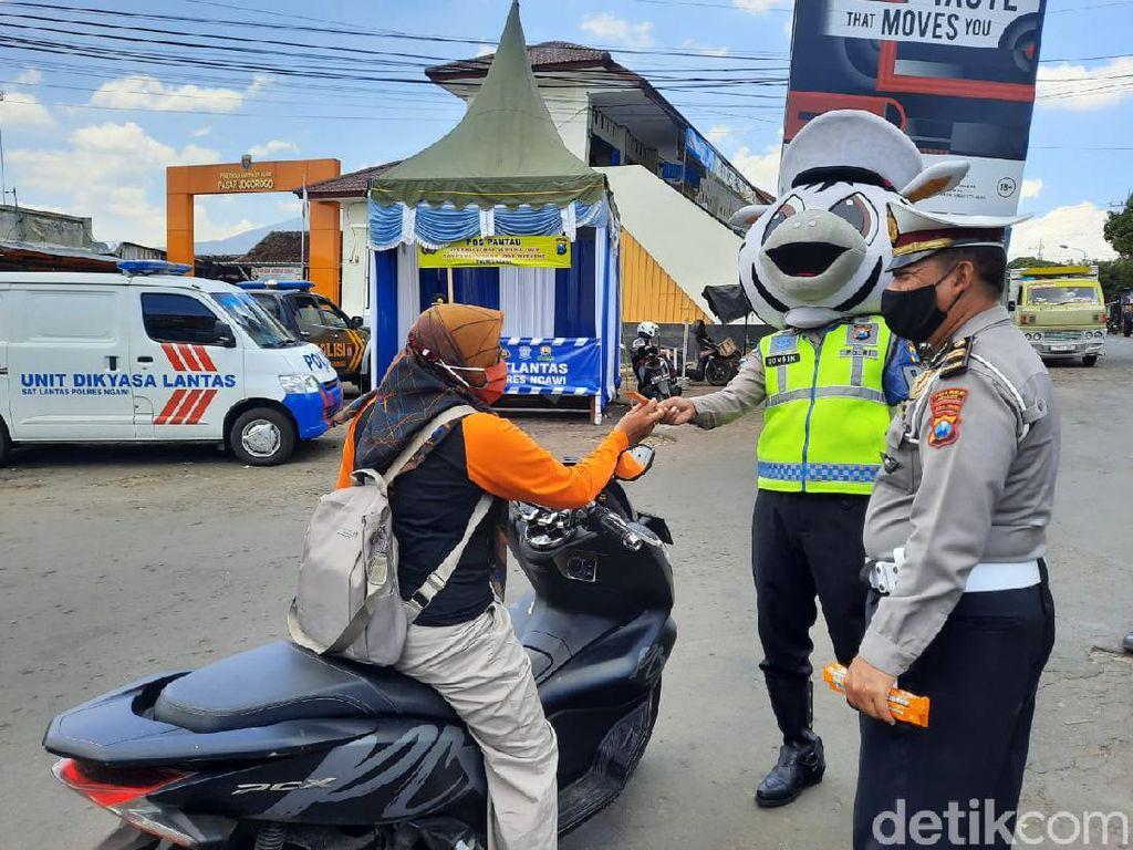 Kebahagiaan Warga Ngawi Dapat Hadiah Saat Operasi Zebra Semeru