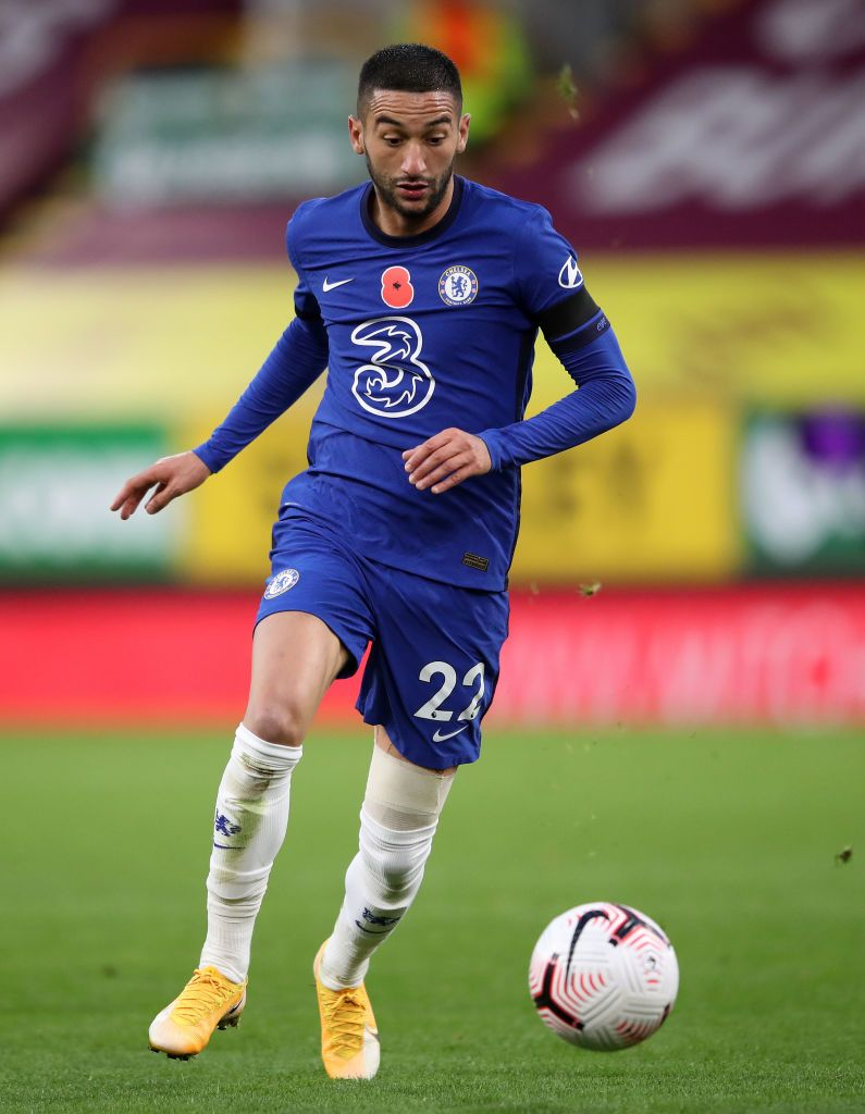 BURNLEY, ENGLAND - OCTOBER 31: Hakim Ziyech of Chelsea in action during the Premier League match between Burnley and Chelsea at Turf Moor on October 31, 2020 in Burnley, England. Sporting stadiums around the UK remain under strict restrictions due to the Coronavirus Pandemic as Government social distancing laws prohibit fans inside venues resulting in games being played behind closed doors. (Photo by Alex Pantling/Getty Images)