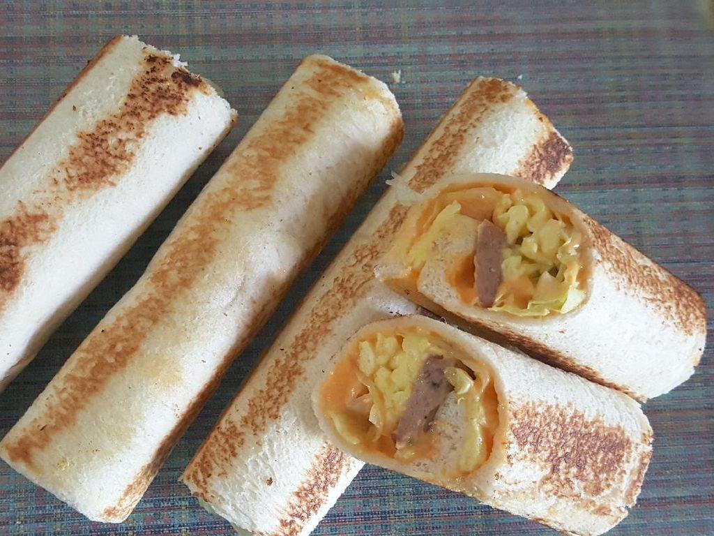 Pakai 3 Bahan Bisa Bikin Kebab Roti Isi Telur dan Sosis Buat Sarapan