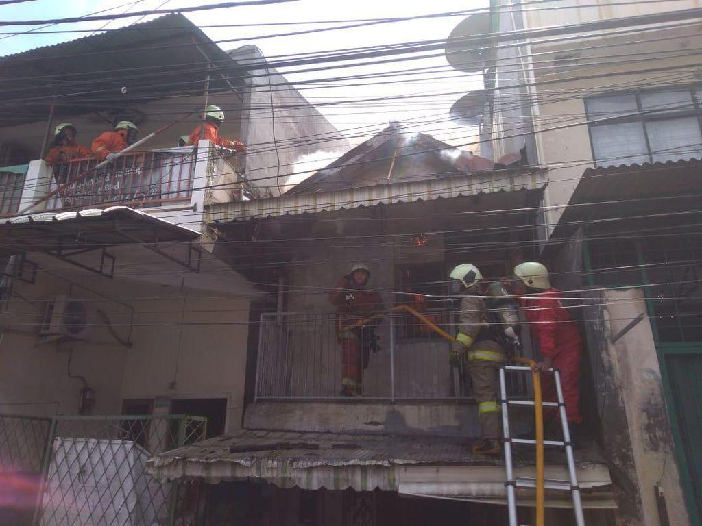 7 Rumah di Tambora Jakbar Hangus Akibat Kebakaran
