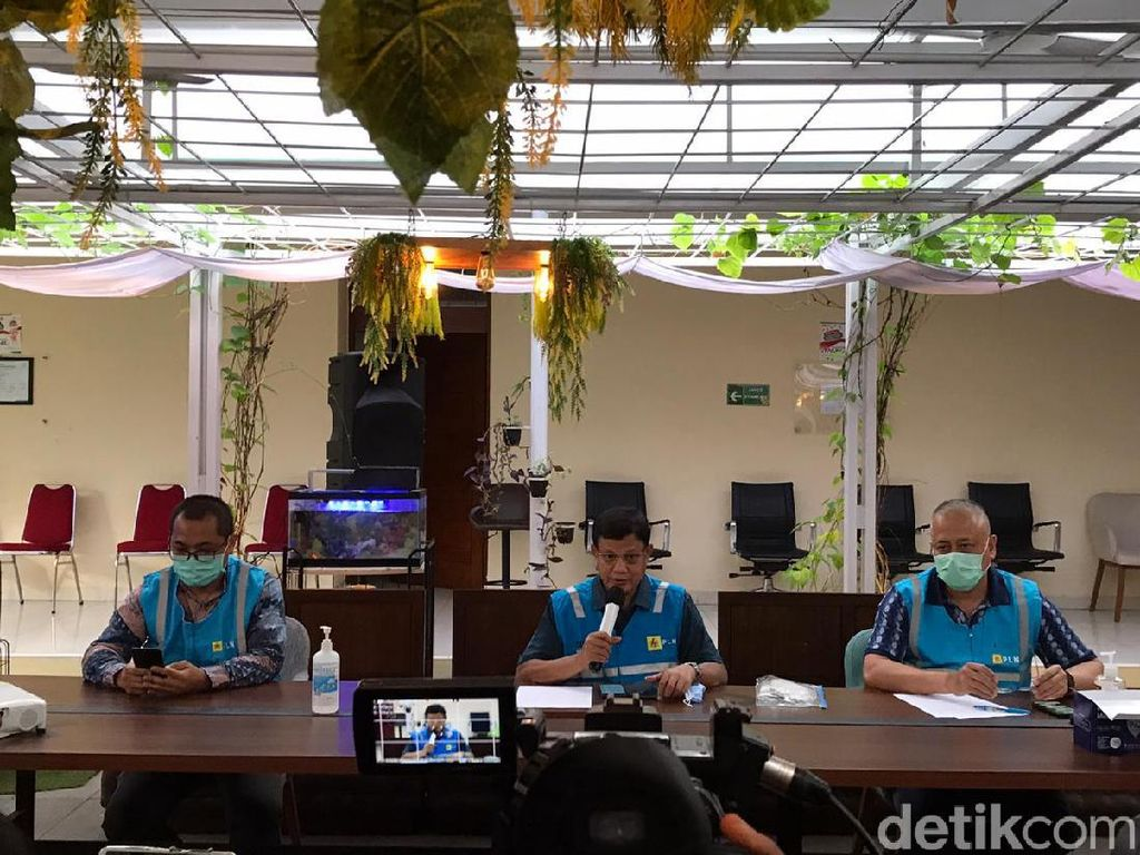 PLN Investigasi Penyebab Rusaknya Alat yang Bikin Mati Lampu di Jakarta