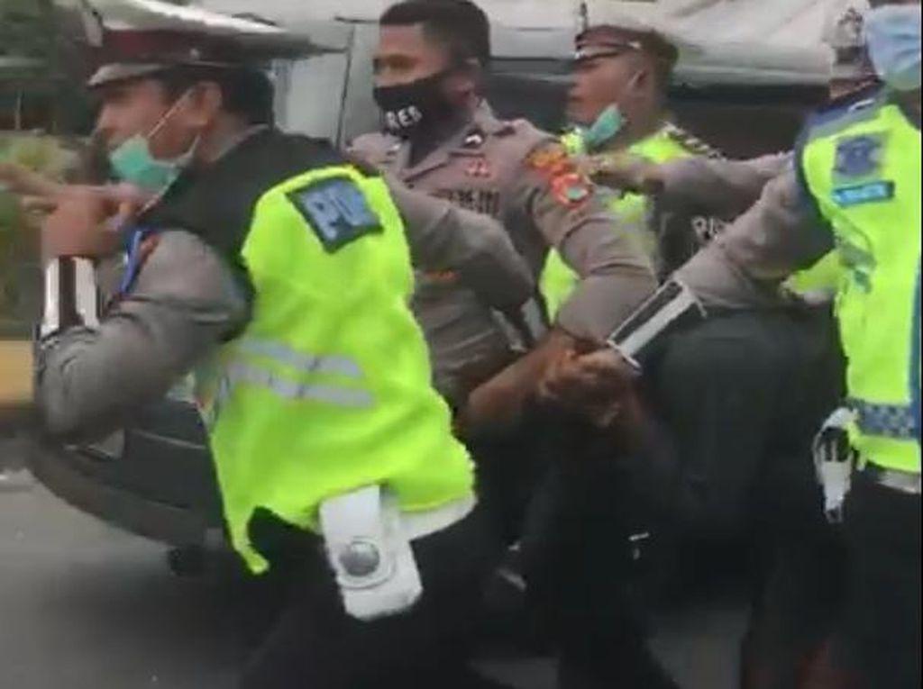 Kapolda NTB Akan Beri Penghargaan Polisi Tendang Pelaku Curanmor di Lombok
