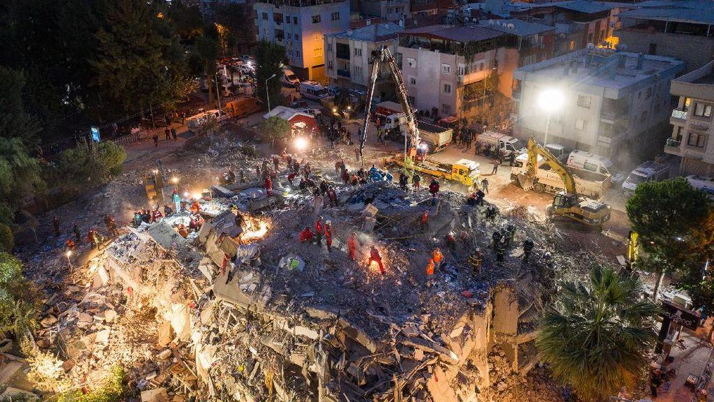 Tim SAR Terus Cari Korban Gempa Turki