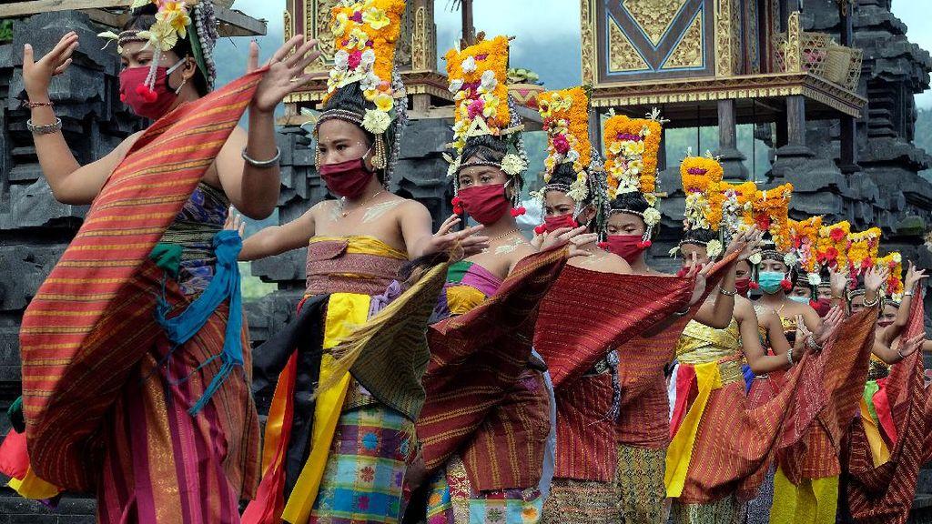 Mengintip Adat dan Budaya Bali di Tengah Pandemi