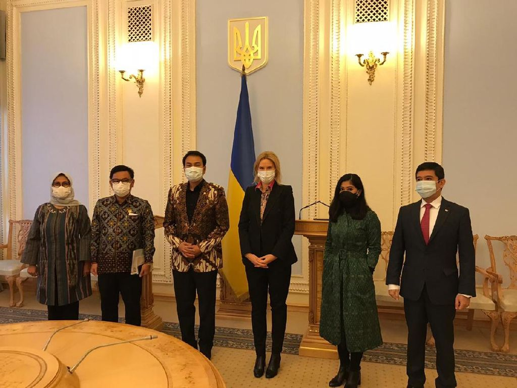 Kunker ke Ukraina, Rombongan DPR Bahas Kerja Sama Pertahanan-Imigrasi