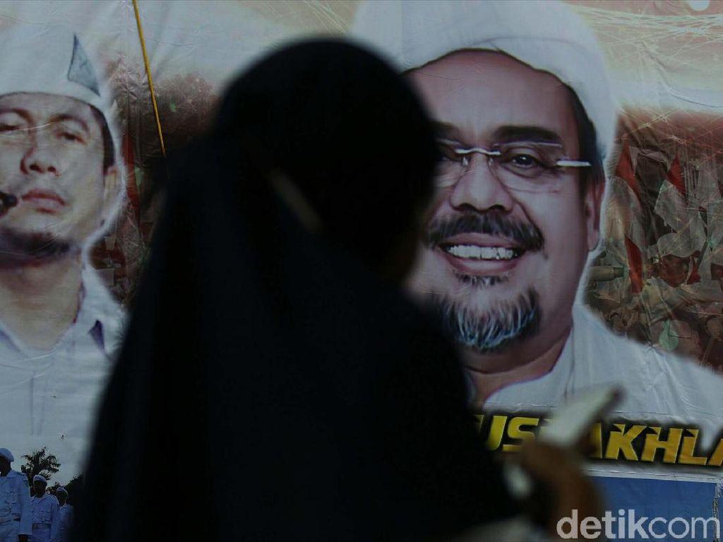 Visa Habib Rizieq 2 Tahun 5 Bulan Mati, Dihidupkan Lagi Saudi
