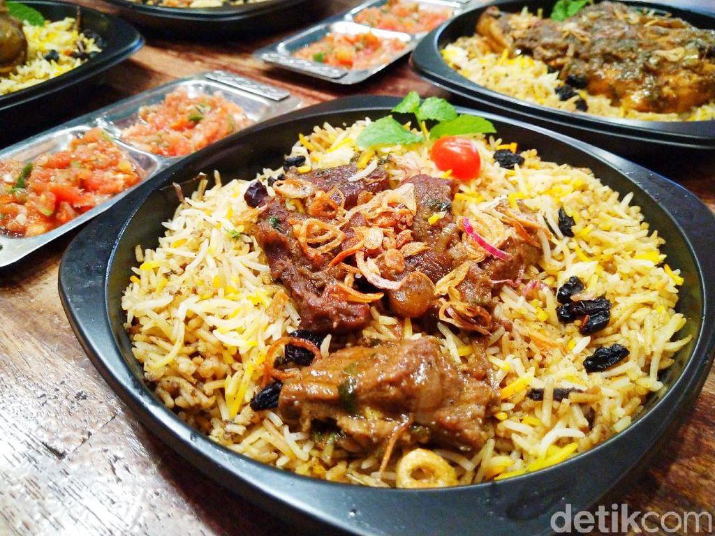 Biryani Chef Hinam : Nasi Timur Tengah Autentik yang Enaknya Bikin Nagih