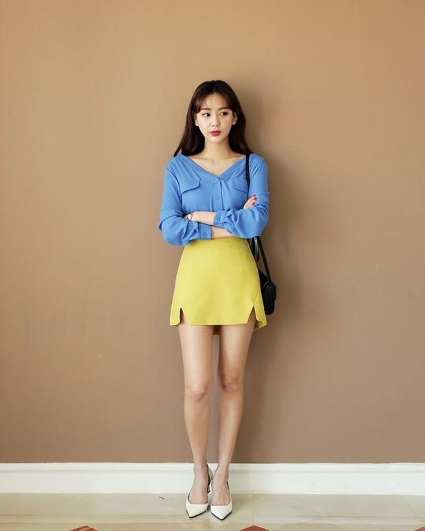 Gaya fashion dengan kombinasi warna tak biasa