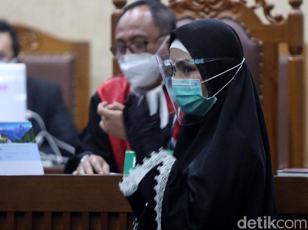 Hakim Cecar Pinangki soal 3 Rekening Bank Tak Terdata di LHKPN