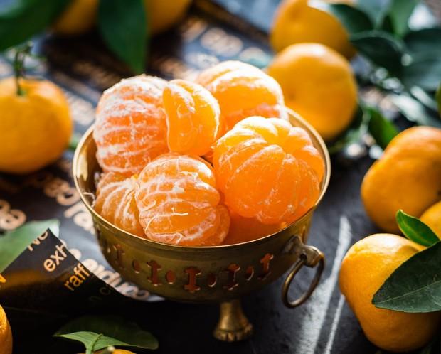 Kandungan vitamn C inilah yang mampu menyehatkan kulit dan mencegah kulit kendur.